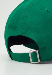 New Era - LEAGUE ESSENTIAL 9FORTY UNISEX - Caps - green/white - 3