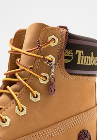 Timberland - 6IN PREMIUM BOOT  - Lace-up ankle boots - wheat - 7