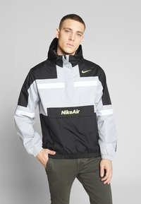 Nike Sportswear - M NSW NIKE AIR JKT WVN - Větrovka - smoke grey/black/white - 0