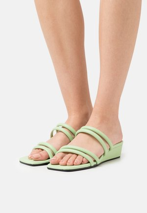 VEGAN CAIO - Slip-ins - green dusty light