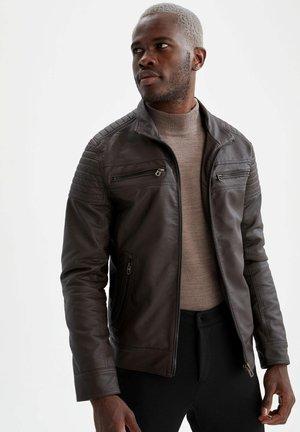 SLIM FIT  - Faux leather jacket - brown