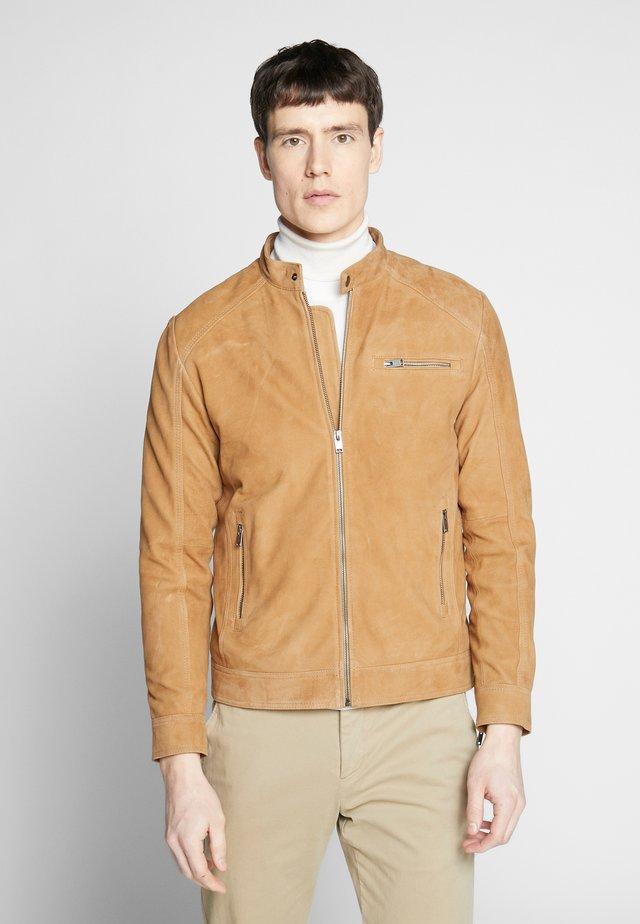 CLASSIC JACKET  - Leather jacket - dijon