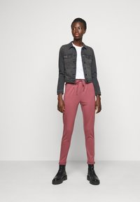 ONLY Tall - ONLPOPTRASH LIFE EASY PANT - Joggebukse - wild ginger - 1