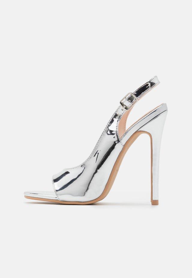 BRISA - Sandály na vysokém podpatku - silver