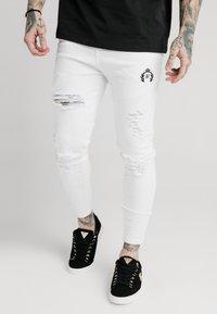 SIKSILK - DISTRESSED PRESTIGE - Skinny džíny - white - 0
