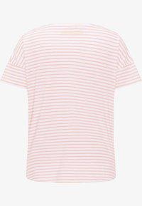 Frieda & Freddies - Print T-shirt - light orange - 1