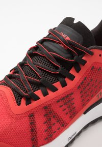 The North Face - M ULTRA SWIFT - Trail running shoes - fiery red/black - 5