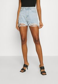 Missguided - EXTREME FRAY RIOT - Shorts di jeans - light blue - 0