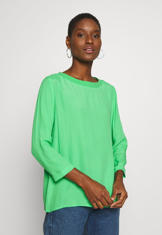 Bluzka - light green