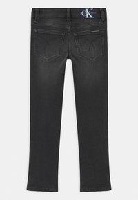 Calvin Klein Jeans - SLIM ESSENTIAL - Slim fit jeans - grey - 1