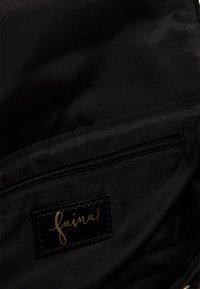 faina - Across body bag - schwarz - 4