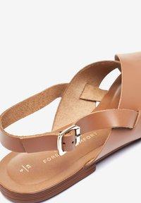 Next - FOREVER COMFORT® CROSS FRONT SLINGBACKS - Sandals - brown - 2