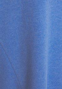 TOM TAILOR DENIM - BRUSHED HOODIE - Hoodie - mid blue - 2