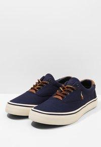 Polo Ralph Lauren - THORTON - Sneaker low - newport navy - 2