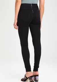 Pieces - Jeggings - black - 2
