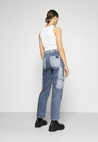 BDG Urban Outfitters - SKATE PATCHWORK - Jeans relaxed fit - blue - 2