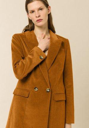 JOY ANN - Short coat - nutmeg brown