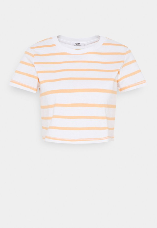 THE BABY TEE - T-shirt basique - white/apricot