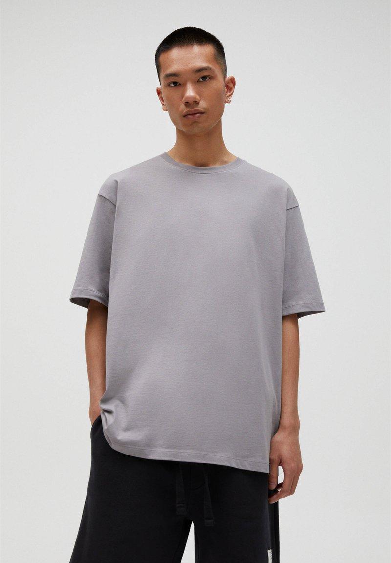 PULL&BEAR - T-shirt basic - beige