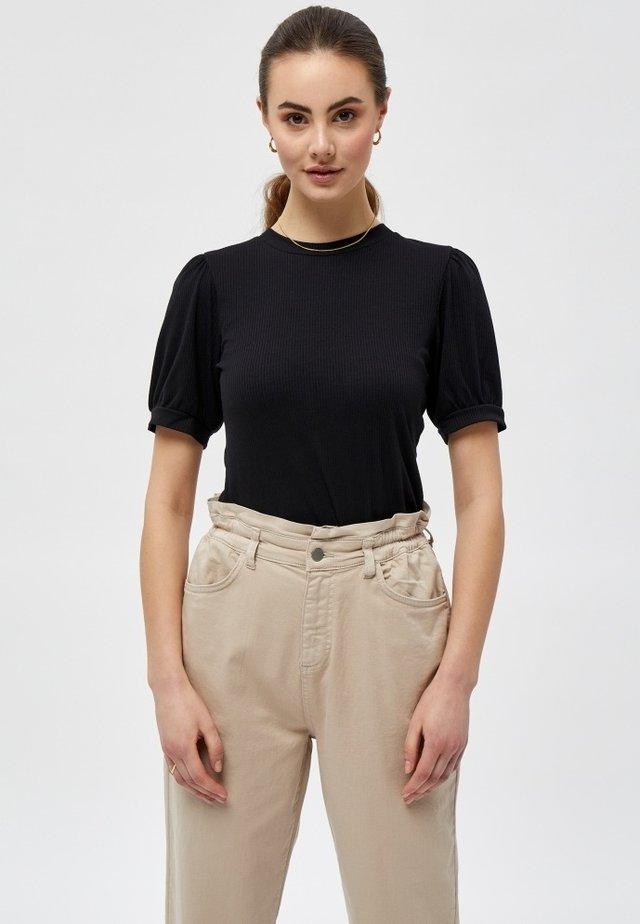 JOHANNA  - T-shirt basic - black