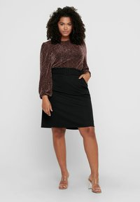 ONLY Carmakoma - Long sleeved top - black - 1
