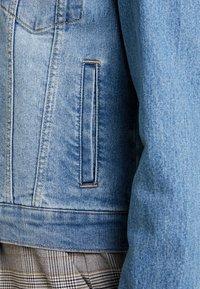 Vero Moda - VMULRIKKA JACKET - Denim jacket - light blue denim - 5