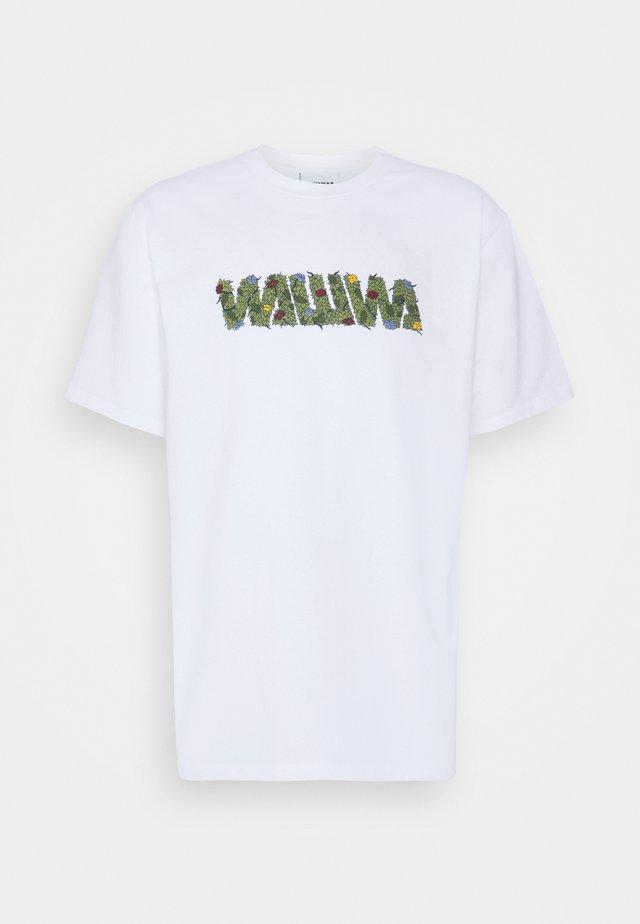 OVERGROWN UNISEX  - Print T-shirt - white