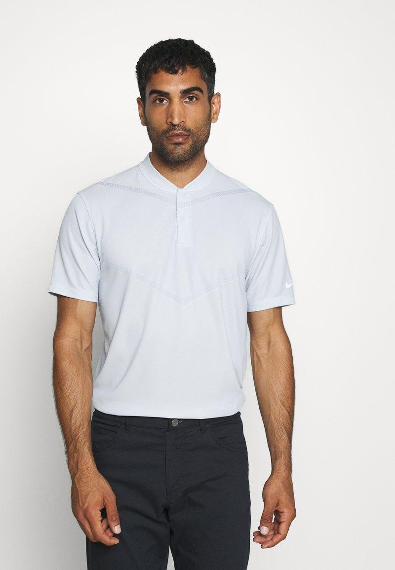 Nike Golf - BLADE - Triko spotiskem - white/gym red/white