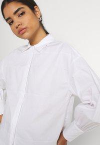 YAS - YASSCORPIO - Skjorte - bright white - 3