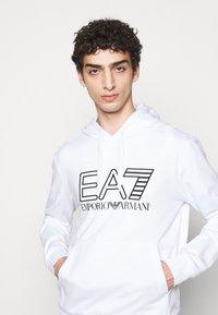 EA7 Emporio Armani - Hoodie - white/black - 4