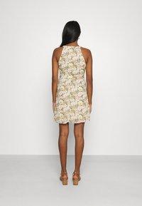 Vila - VIMILINA FLOWER DRESS - Cocktail dress / Party dress - sandshell - 2
