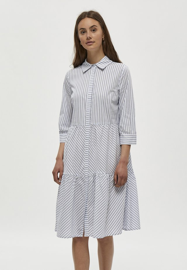 DALINA  - Skjortklänning - black iris striped