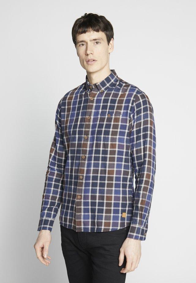 Shirt - tifão