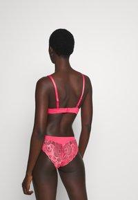 LASCANA - PADDED BRA - Underwired bra - pink - 2