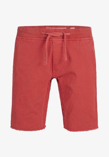 CARVER - Szorty jeansowe - vermillion
