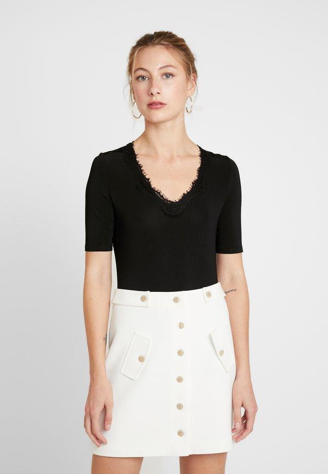 SLCLARA V NECK  - Camiseta estampada - black