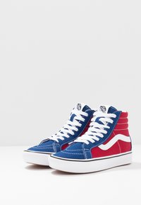 Vans - High-top trainers - true blue/chili pepper - 2