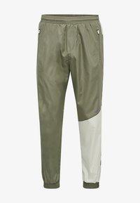 Hummel - HMLSULLIVAN PANTS - Trainingsbroek - vetiver - 3