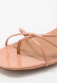 Who What Wear - ADDISON - T-bar sandals - peach/tan - 2