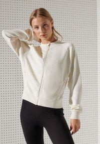 Superdry - Light jacket - riff white - 0