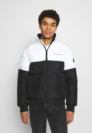COLORBLOCK PUFFER - Winter jacket - bright white/black