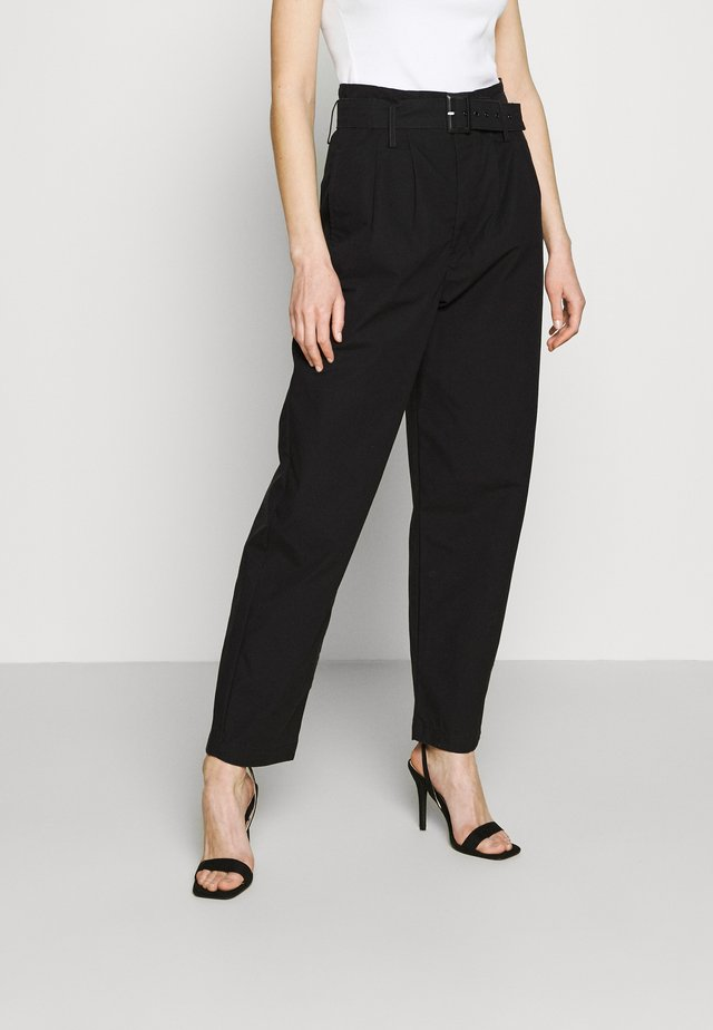 TAILOR HIGH LOOSE TAPER - Trousers - soft structure caviar