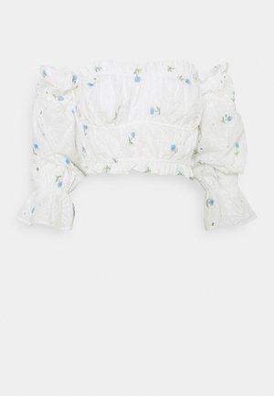 BARDOT CROP - Top sdlouhým rukávem - white