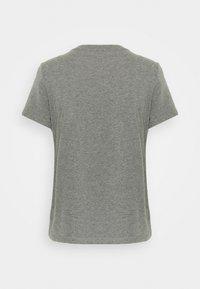 Guess - ICON TEE - T-shirt imprimé - medium charcoal heat - 1