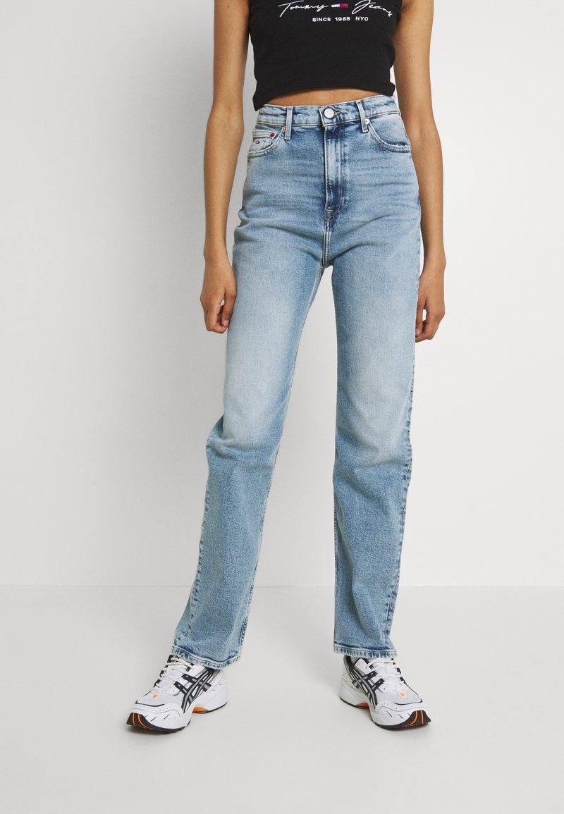 Tommy Jeans - JULIE - Straight leg jeans - denim light
