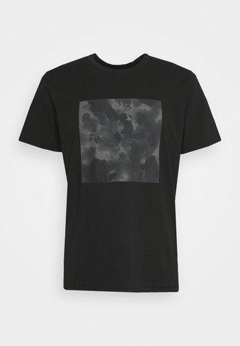 CAMO BOX TEE - T-shirt imprimé - black