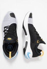 Nike Performance - JOYRIDE RUN  - Obuwie do biegania treningowe - black/laser orange/white/universe blue - 1