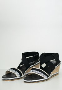 Fitters - LIKA - Wedge sandals - schwarz - 3