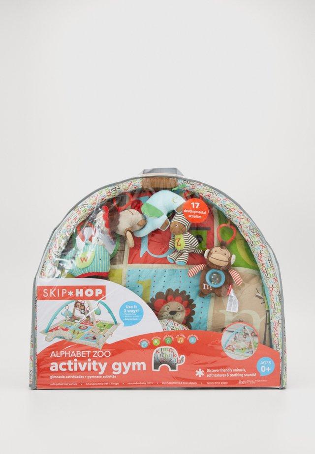 ALPHABET ACTIVITY GYM - Babyfilt - multi-coloured