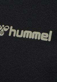 Hummel - HMLTORONTO  - T-shirts print - black - 14